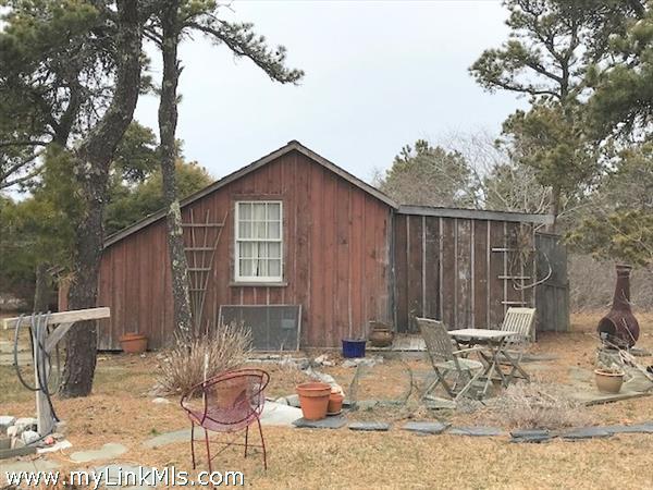 Bonnie's cottage winter