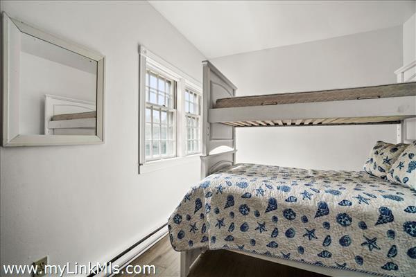 Garage Apartment Bedroom - 2nd Floor