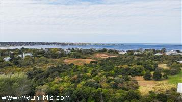 2, 4, 4.5  Cathcart Road Monomoy