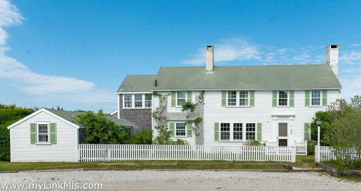 39 Monomoy Road (house On Portion Of Land)
