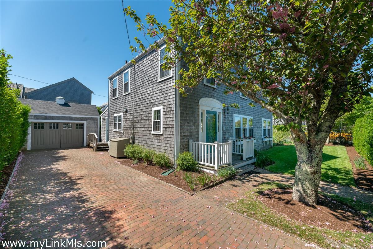66 Easton Street Nantucket MA
