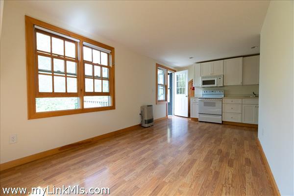 Garage Apartment Living/Dining/Kitchen