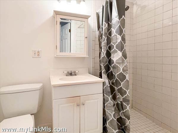 35 Macy rear house lower level shower bath.